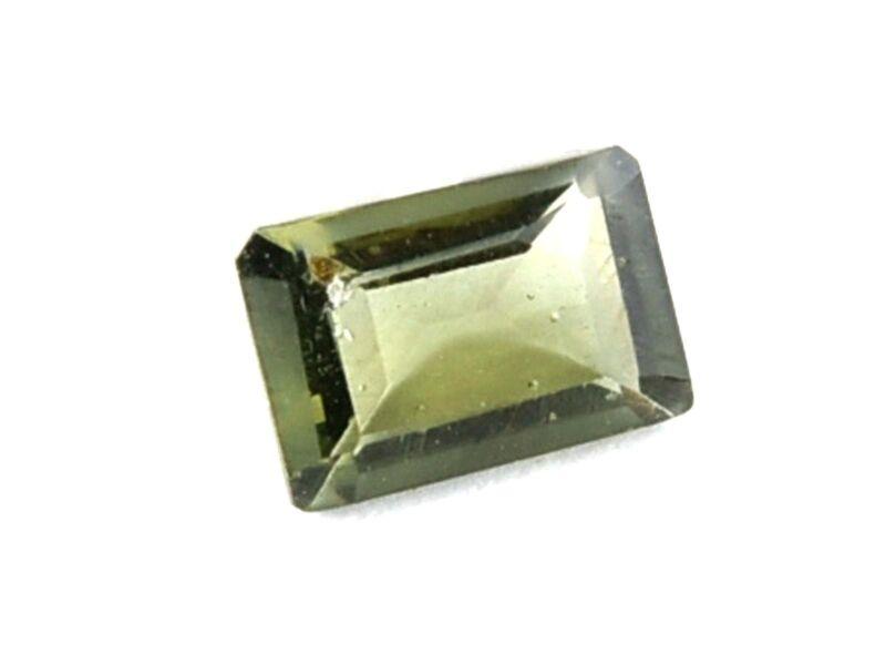 0.81ct STANDARD CUT moldavite faceted cutted gem BRUS1640