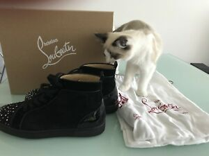 *Sale*authentic Cthistian Louboutin eur44