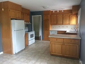 *BEAUTIFUL 2BRM APARTMENT IN RIVERVIEW (HEAT&LIGHTS INCLUDED)*