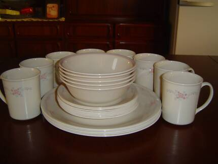 26 pce CORELLE BY CORNING WARE ENGLISH BREAKFAST PLATES MUGS ETC & Corelle by Corning USA - tan dinner set pieces | Dinnerware ...