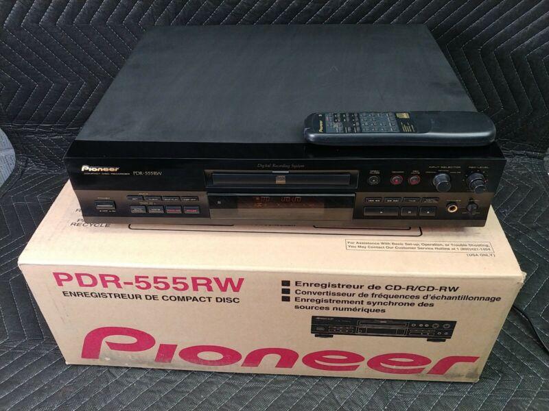 Pioneer PDR-555RW CD Digital Recording System