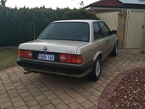 Bmw e30 318i manual coupe from 1989 Armadale Armadale Area Preview