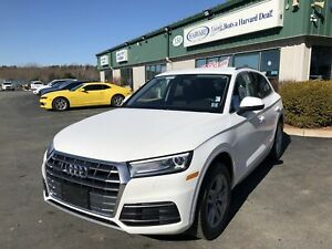 2018 Audi Q5 2.0T Komfort CLEAN CARFAX/LEATHER/BACK-UP CAM/QU...