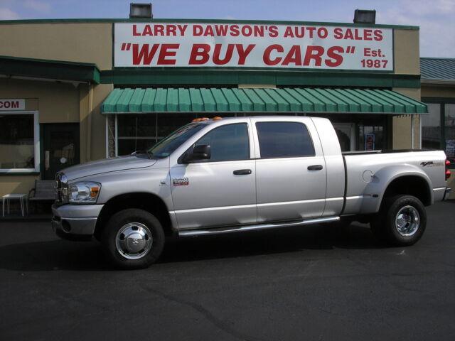 Dodge : Ram 3500 4WD Mega Cab 2007 DODGE RAM 3500 MEGA CAB 4x4 DUALLY WITH 6.7 L CUMMINS  DIESEL LOW MILES !!!