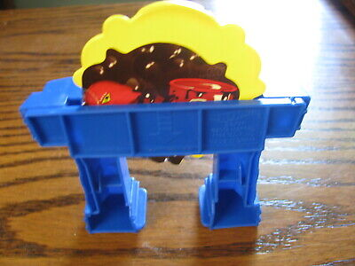 Hot Wheels Total Turbo Takeover Replacement Tunnel w/ Trap Door Lot# KV 9