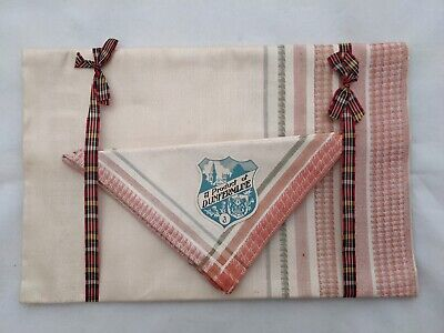 Vintage Tablecloth 54