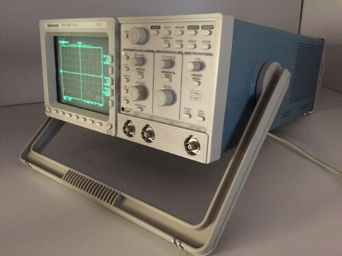 Tektronix TDS 320 Two Channel Oscilloscope 100 MHz 500 MS/s