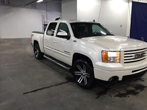 2012 Sierra SLT CREW CAB ALL-terrain full load