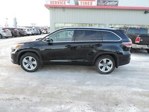 2016 Toyota Highlander Limited Local One Owner,Leather,Heated...