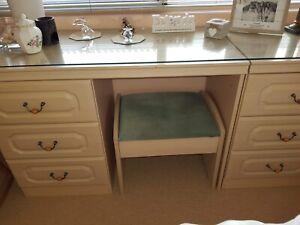 6 drawer dressing table