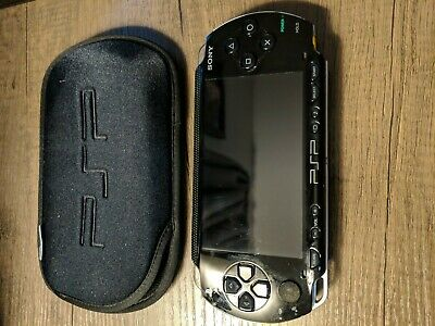 Sony PSP 1000 - Black with case and 32mb memory card missing battery tested!