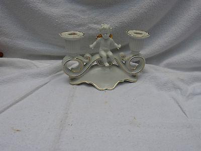 7582. Schöner Kerzenständer mit Engel  -  2armig  -  Porzellan  -  RP