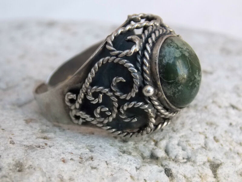 Vintage LOS BALLESTEROS Mexican 925 Sterling Silver & Stone POISON RING Taxco