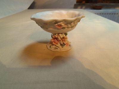 kleine Schale - auf Stiel - dürfte handgemacht sein - Keramik? - Kleine Handgemachte Schal