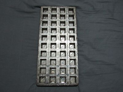 VINTAGE LA MARQUISE CHOCOLATE CANDY FUDGE MOLD 40 SLOTS GREAT SHAPE