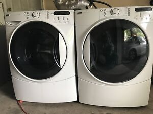 Fully working 4 year Washer/DRyer can DELIVER