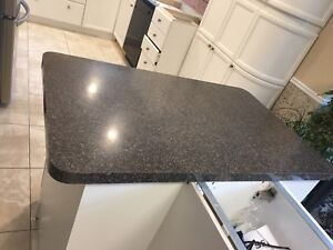 Counter tops 2 pieces great condition
