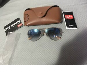 Ray-Ban Aviator Unisex Gradient Lens Gold/Light Blue
