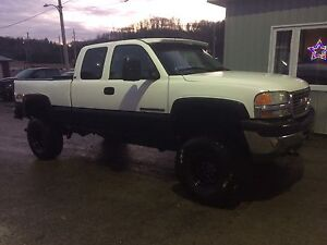 Lifted 2001 Gmc Sierra 2500hd