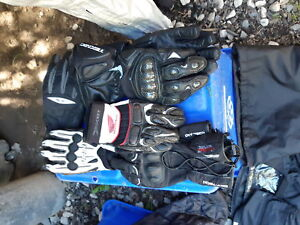 Rain gear and gloves and backpack