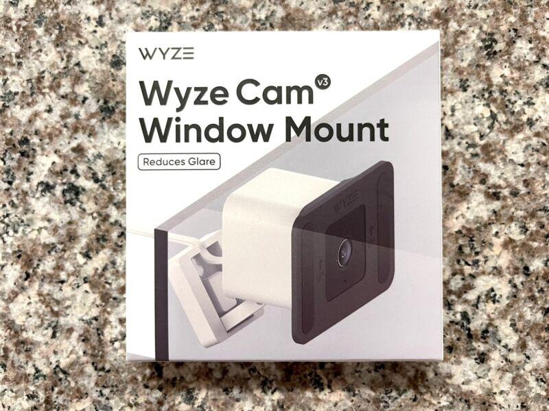 Wyze Cam V3 Window Mount (for V3 Only)