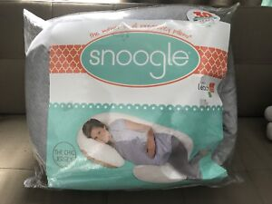 Leachco Snoogle Chic Jersey Total Body Pillow - Heather Gray