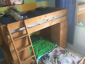 Wood bunk beds excellent condition