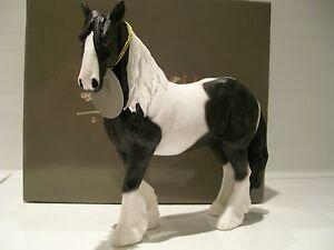 Leonardo Piebald Gypsy Cob Horse Gift Figurine Ornament Figure