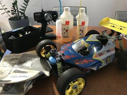 RC nitro buggy 1/8 scale