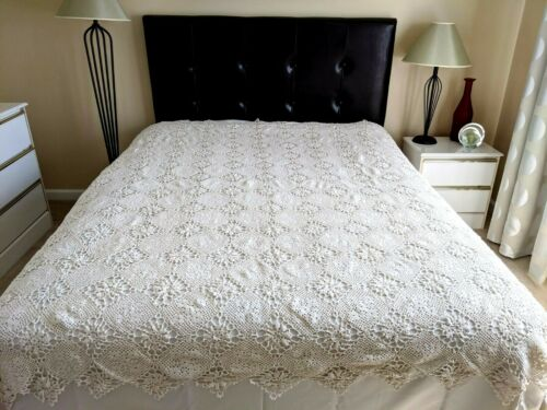 Vintage French Handmade Crocheted Coverlet Bed Cover Throw or Tablecloth 89x78