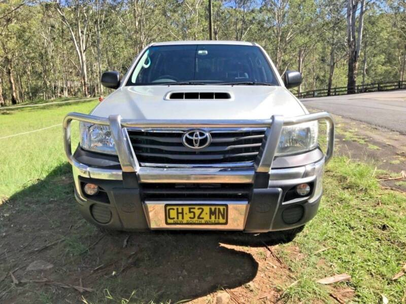 Toyota Hilux 2012 SR 4x4 Dual Cab with ARB canopy & Toyota Hilux 2012 SR 4x4 Dual Cab with ARB canopy   Cars Vans ...