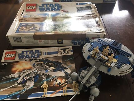 LEGO STAR WARS set 7678 Droid Gunship