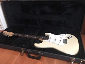 2002 Fender Stratocaster Highway one MIA- 899.00 OBO