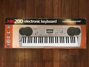 Hemmingway HK200 Electronic Keyboard Yagoona Bankstown Area Preview