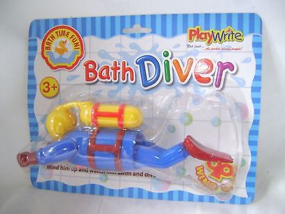 NEW WIND UP SWIMMING BATH TOY SCUBA DIVER BATHTIME TODDLERS CHILDREN PW