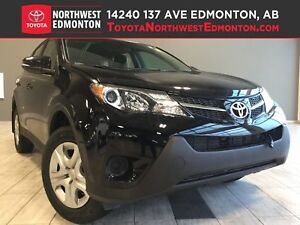 2015 Toyota RAV4 LE | AWD | Bluetooth | Split Seat | Carbon