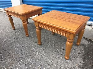 Solid wood 2 side tables