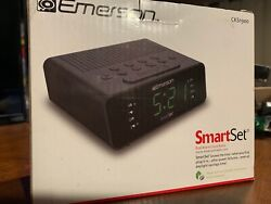 Emerson SmartSet Alarm Clock w/ AM/FM Radio 9 LED Display, Dimmer CKS1900 Black