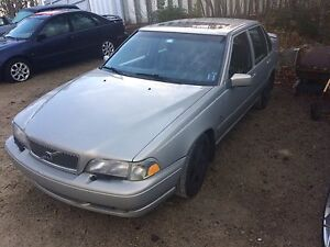Clean 2000 Volvo S70