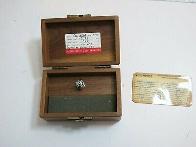 Columbia Piezoelectric Accelerometer Model Crl 352a .6072 Pcg 548 Pf 11.0