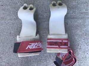 Gants de gymnastique pour barres assymetriques