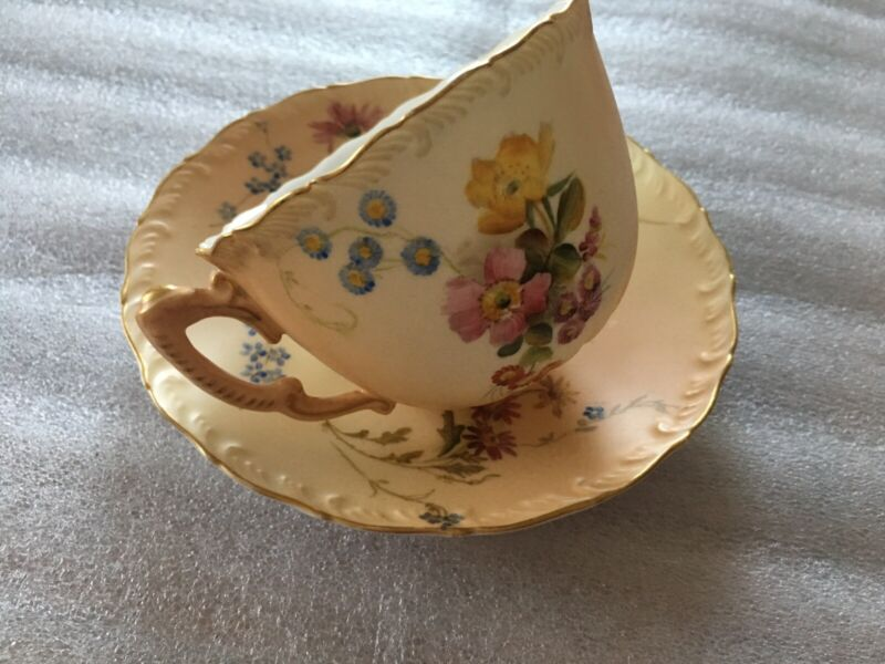ROYAL WORCESTER HAND PAINTED 1898 FLORAL CUP/SAUCE.