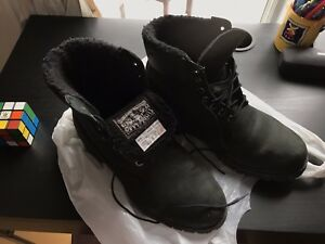 (Used) Timberland 6-inch winter boots - size 9 (feel 10)