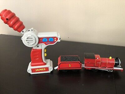 Thomas and Friends Trackmaster Remote Controlled James Train