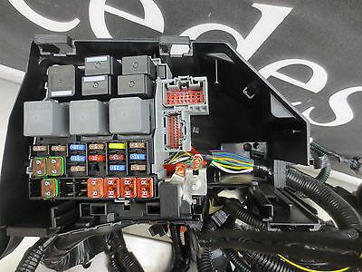 Ford Focus MK2 04-10  Engine Bay Dash Wiring Loom Fuse Relay Box Part No 1769290