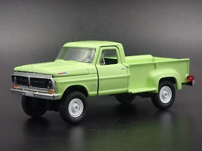 1972 72 FORD F100 CUSTOM 4X4 STEPSIDE PICKUP TRUCK 1:64 SCALE DIECAST MODEL CAR