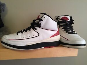 Air Jordan 2 Chicago size 9