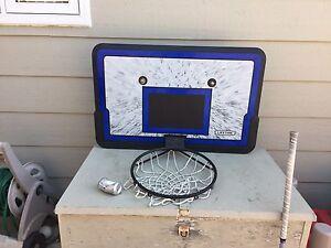 Roof mounted basketball net