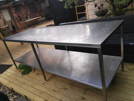 Stainless steel table/bench