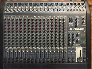 Peavey RQ 2318 18 Input Compact Console
